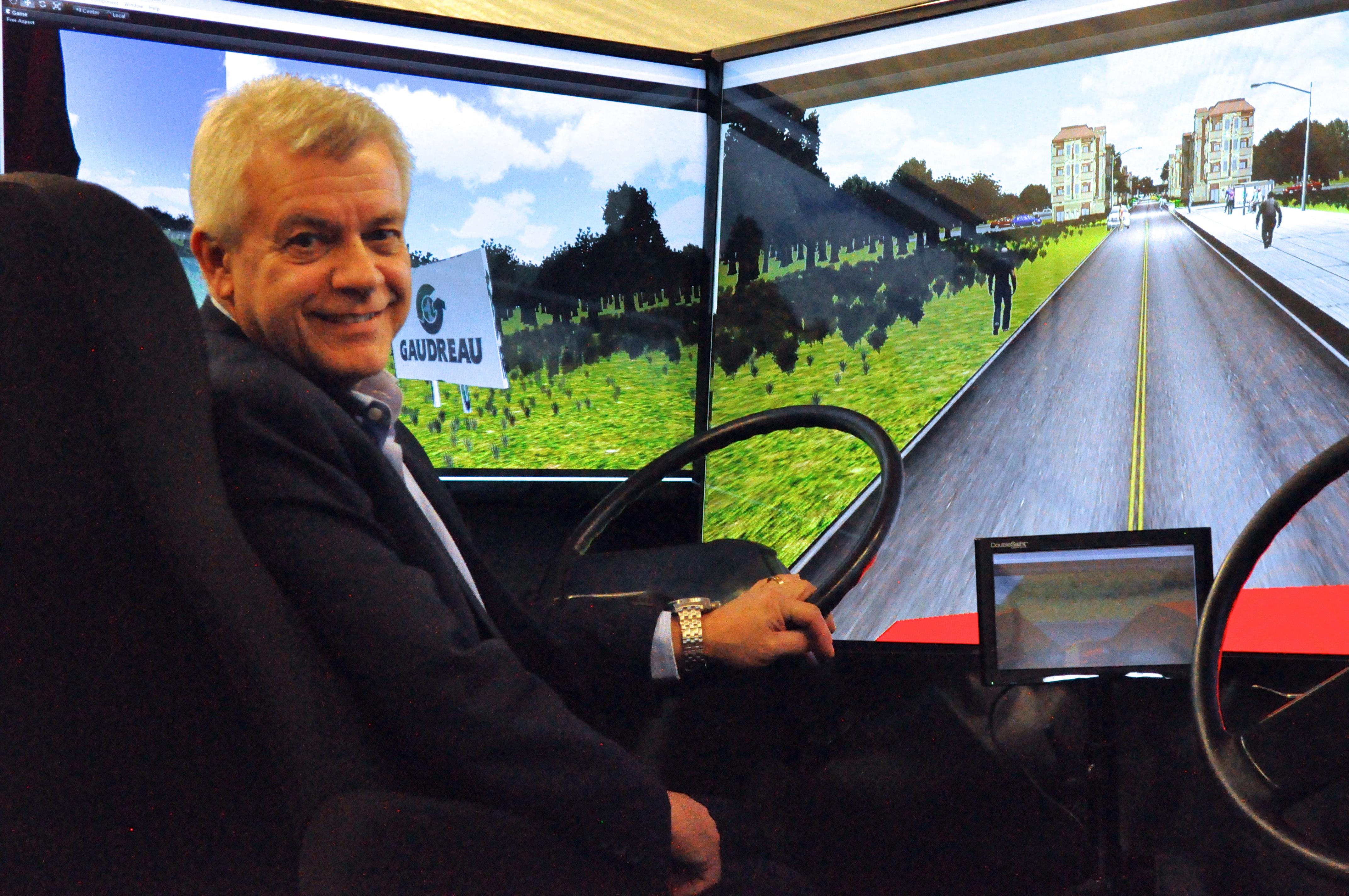 Un simulateur de conduite pour les camionneurs de Gaudreau